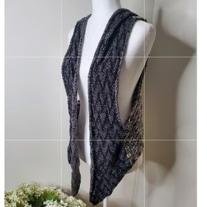 Buckle knit sweater vest- one size